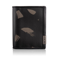 TUMI ID LOCK GUSSETED CARD CASE WITH ID #119256SCPID