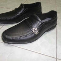 Sepatu Pantofel Karet Pria - Levu Gladiator
