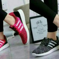 sepatu wanita yz merah dan hitam