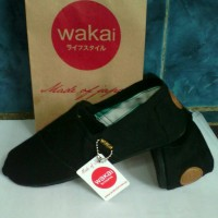 Sepatu WAKAI polos hitam - sol hitam (unisex)