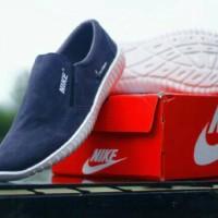 harga Sepatu Nike Cooper Slip On Selop Casual Pria Santai Kuliah Main Sneake Tokopedia.com