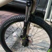 ready sepeda Sepeda MTB Polygon Premier 4 Terbaru hydraulic