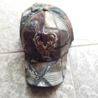 topi camo gambar kepala rusa