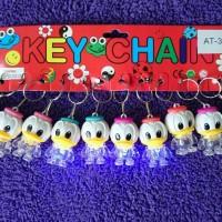 gantungan kunci lampu nyala karakter - souvenir cinderamata