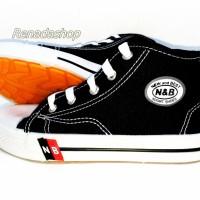 Sepatu NB Boot Tinggi Tali 36-43,N&B Sepatu Sekolah pramuka murah awet