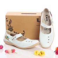 Sepatu wanita CASUAL lee shoes STUDED PUTIH/HITAM PREMIUM MURAH