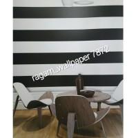 Wallpaper Dinding Kamar Ruang Tamu Minimalis Lines Garis Hitam Putih