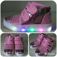 Irena LED Sepatu Anak