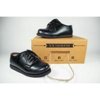 Sepatu anak pantofel hitam