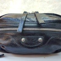 Balenciaga Neo Lift Mirror Quality Sling Bag / Tas Selempang Branded