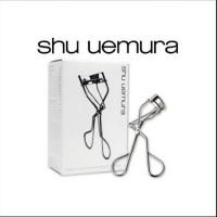 Shu Uemura Eyelash S Curler (CP 320) .