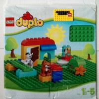 Lego Duplo 2304 Green Baseplate