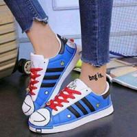 Sepatu Wanita Kets Casual Motif Doraemon SDS172 MURAH