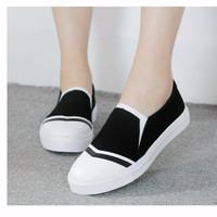 Sepatu Wanita Kets Slip On SDS136 TRENDI