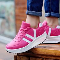 Sepatu Wanita Kets Casual VI SDS112 MURAH