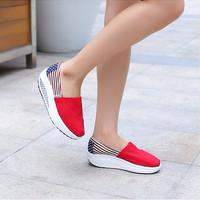 Sepatu Wanita SDS109 Sepatu Wanita Khusus Size 40 Warna Merah MODI