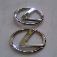 Emblem Lexus toyota agya / ayla sepasang