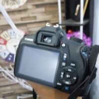 Canon 1200D + Lensa 18 55mm is II Barang Istimewa Sangat mulus