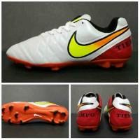 Sepatu Sepak Bola Nike Tiempo (Putih Merah)