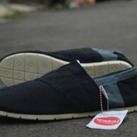 harga Sepatu Santai Pria Wakai Tokopedia.com