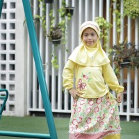 Baju Muslim Anak Vania Kuning Size 2 RP 110.000