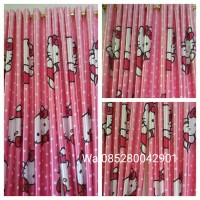 gorden hellokitty blackout import L 100 T 200 cm