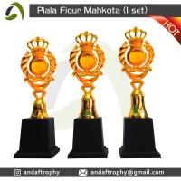 Piala/Trophy Figur Mahkota 1 Set