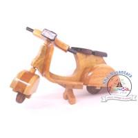 Vespa Miniatur Die-cast Motor Pespa Kayu Mainan Edukatif # diecast