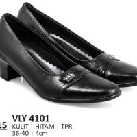 Jual Sepatu Pantofel Wanita Terbaru - Harga Pantofel Perempuan Murah ... d11f472dd3