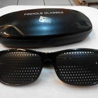 Kacamata terapi pinhole TP02