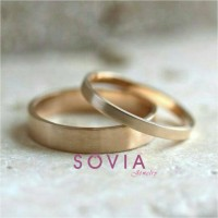 cincin kawin emas kuning simpel