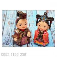 PAJANGAN BONEKA PENGANTIN KOREA KECIL SEPASANG A (904005027A)-1_345