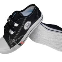 Sepatu Anak Sekolah TK SD SMP NB Warna Hitam Velcro Murah Ori