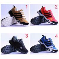 2d38bdb4c promo murah sepatu olahraga pria sepatu adidas AX2 grotex import. ter