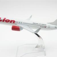 Lion Air Boeing B737-900ER - Diecast Miniatur Pesawat Terbang