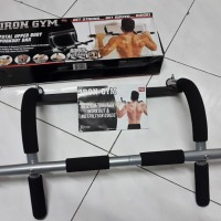 Iron Gym alat fitnes alat olah raga pull up