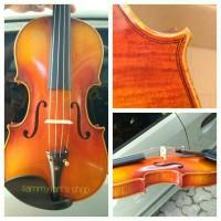 "Violin - biola; Stradivarius "" The Cremonese"" model"