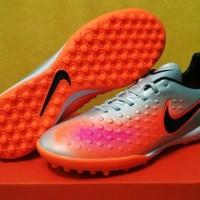 Sepatu Futsal Nike Magista ONda II Silver - TURF