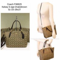 Tas Coach Original Small Kelsey Sign Brown NWT. Authentic USA
