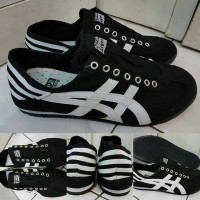 Sepatu Kets Sneakers Asics Onitsuka Tiger Slip On Denim Black White