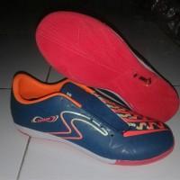 sepatu futsal spec