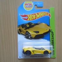 Hot Wheels / Hothweels Lamborghini Aventador J Yellow