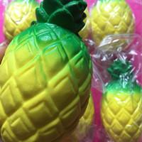 Jual souvenir / squisy / Squishy jumbo nanas/ jumbo pineapple squishy Murah