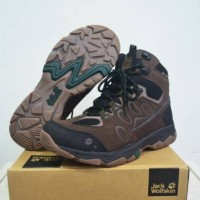 SEPATU JACK WOLFSKIN MTN ATTACK 5 TEXAPORE MID MEN SERIES