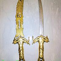 mainan pedang emas halilintar