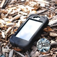 CASING IPHONE 4 4S GRIFFIN SURVIVOR HITAM ANTI CRACK TAHAN BANTING
