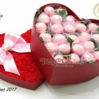 coklat praline special bentuk hati