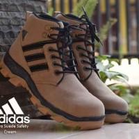 Sepatu Adidas Boots Micro Safety Ujung Besi Kulit Suede Cream