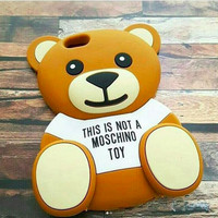 silicone case moschino bear beruang iphone 4 4s iphone 5 5s iphone 6