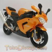 Miniatur Motor Kawasaki ZX10R Orange
